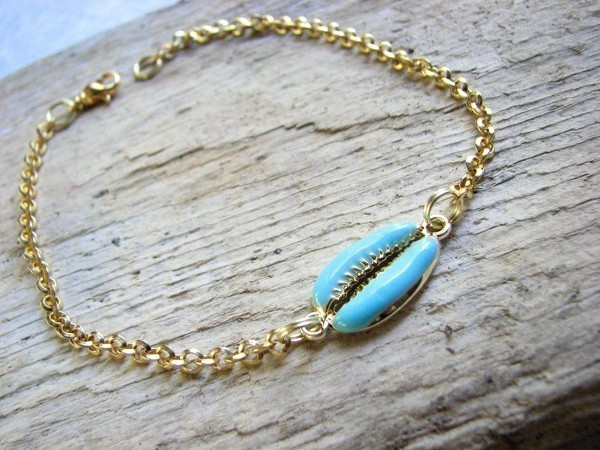 blue-cowrie-anklet
