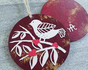 christmas-ornament-gift-papercut-art-papercutting-home-decor