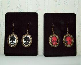 Lolita Skull Cameo Earrings, Bronze Frames