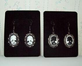 Lolita Skull Cameo Earrings, Gunmetal Frames