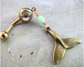 mint-bead-gold-titanium-whale-tail-belly-ring