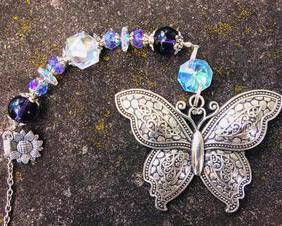 Butterfly Car Charm Rear View Mirror Purple Beaded Crystal Prism Sun Catcher Butterfly Suncatcher for Windows Butterfly Ornament Sunflower Charm