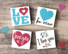 Valentines Day Love Signs, mini wood signs