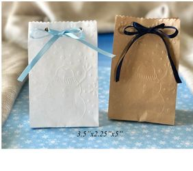 snowman favor bags with ribbon